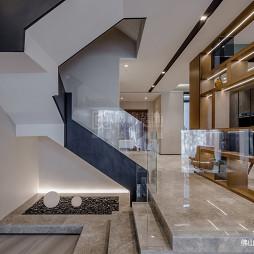 现代简约别墅豪宅:楼梯图片
