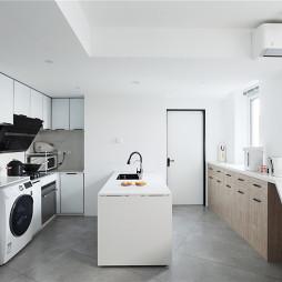 不规则户型的合理布局让空间焕发了活力——厨房图片