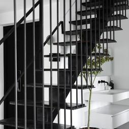 层叠光谱|镂空钢结构楼梯重塑光源——楼梯图片