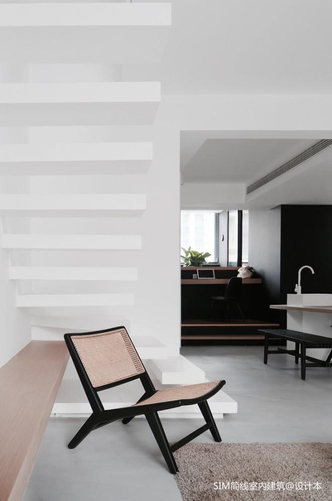 WHITE & BLACK_3991