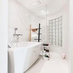 An apartment——卫生间图片