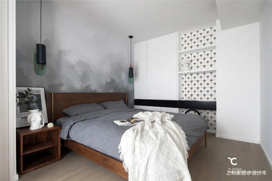 浅灰色卧室