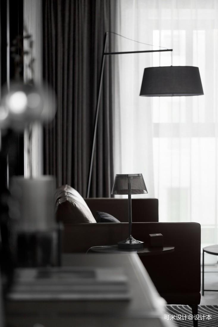 现代客厅台灯