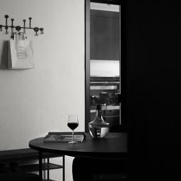 餐厅墙面挂钩设计