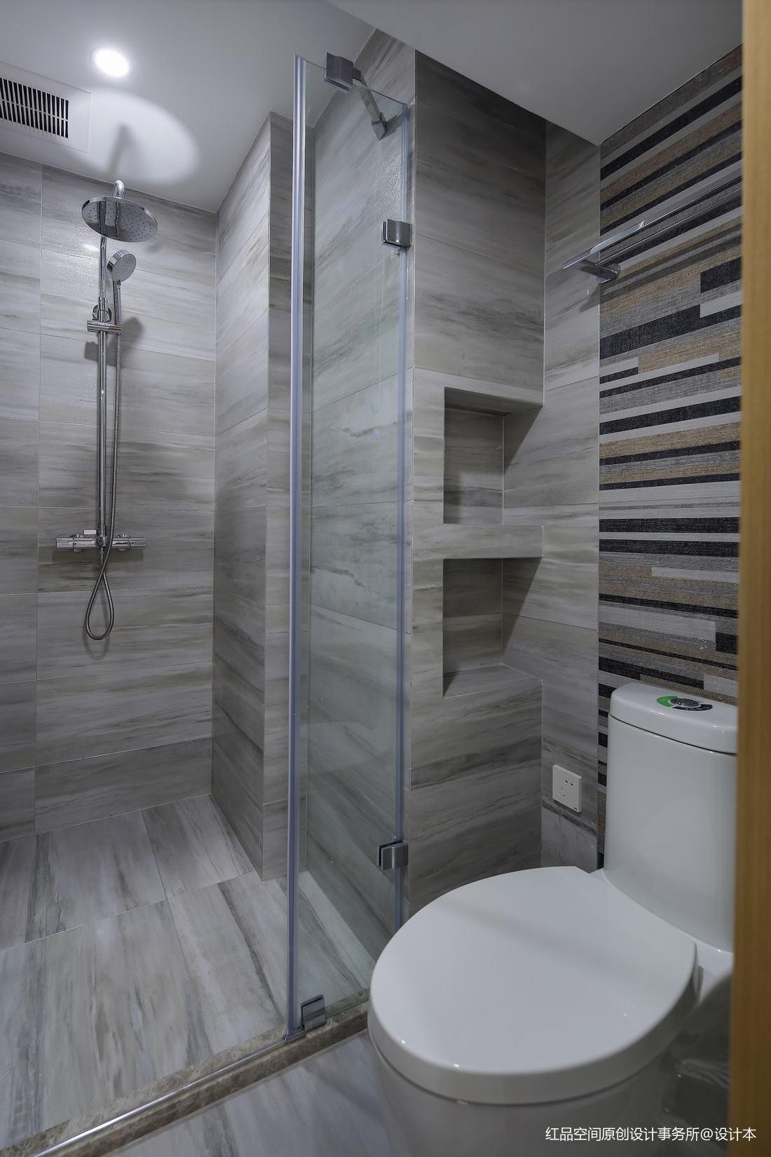 卫生间干湿分离图片