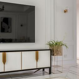 客厅电视柜装饰
