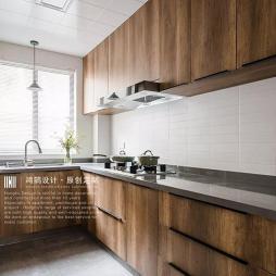 厨房原木图