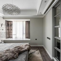 极简轻奢卧室