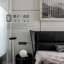 轻奢卧室床头柜