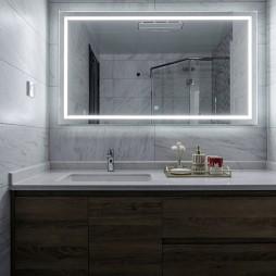 卫生间镜子摆放
