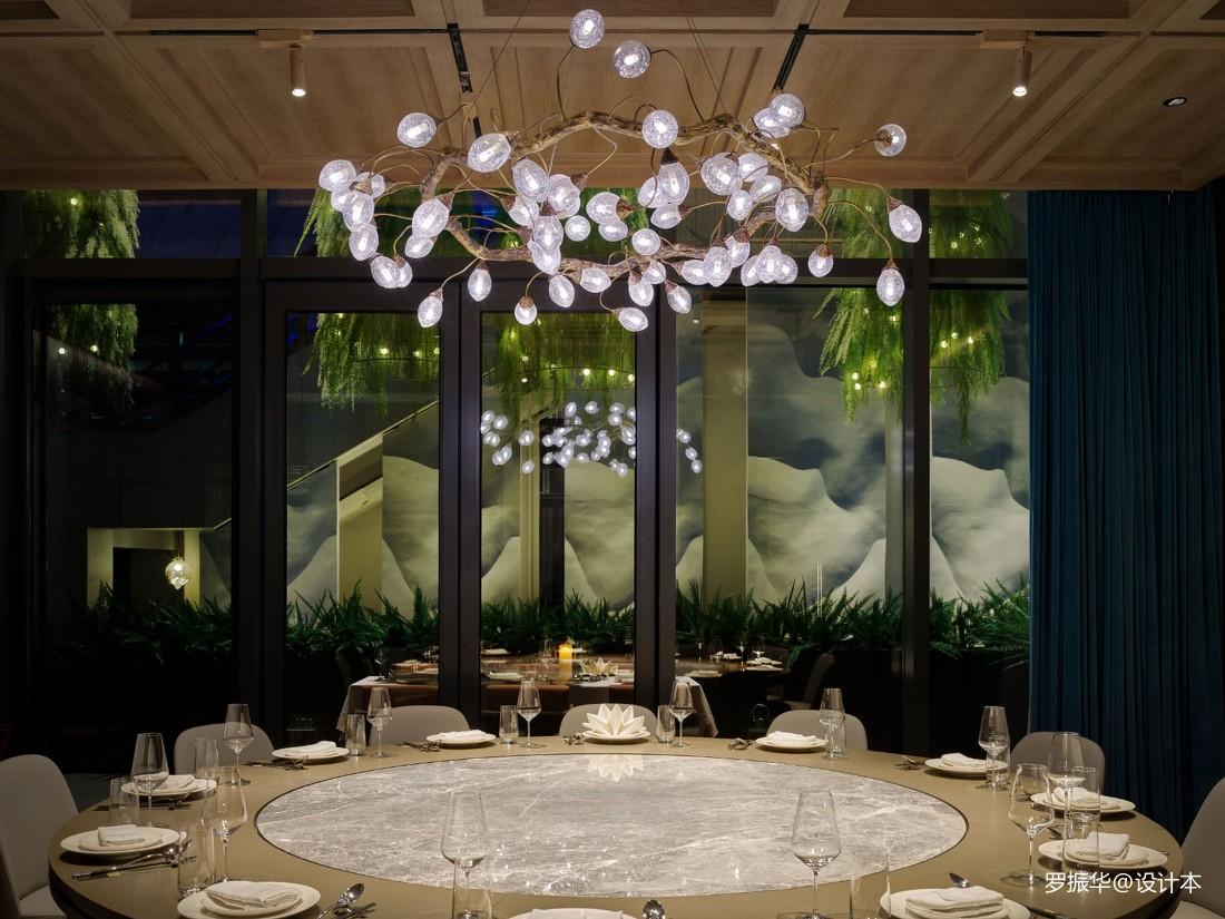 龙庭餐厅西直门店包厢设计