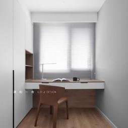 书房书桌摆放位置