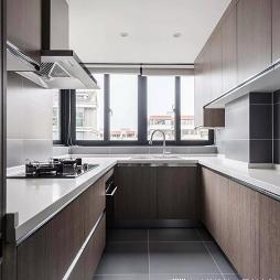 u字型厨房图片