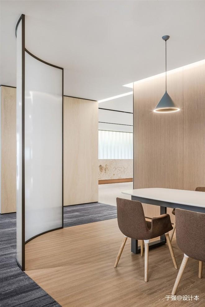 于强|中国深圳·综合性商业地产办公室