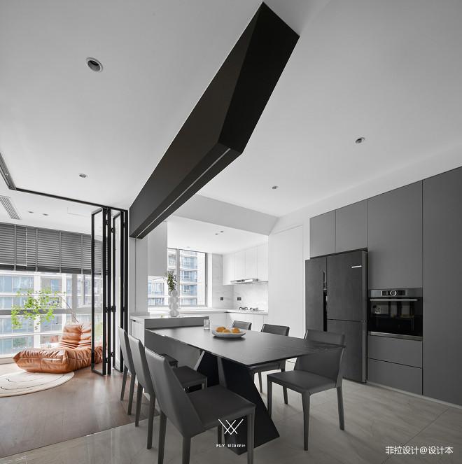 拥挤厨房变高级餐厅,精装房改造美到不