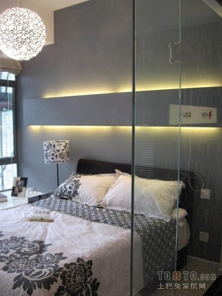 现代风格卧室2100