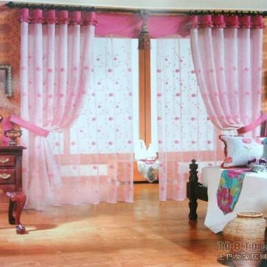 粉红色窗帘背景图片