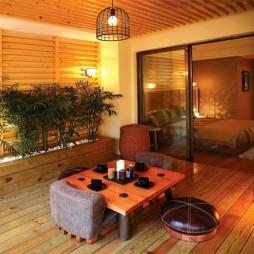现代三室一厅地台装修效果图