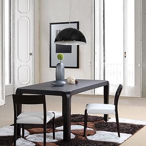 2013 艾千 主推新款 简约现代 长方形实木高档大气餐桌W