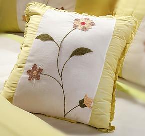 纯棉手钩绣抱枕 床品沙发抱枕靠垫精品推荐 手工绣花绗缝远销欧美