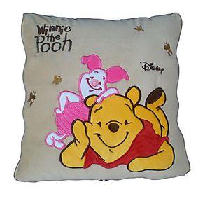 正品卡通多款式维尼熊毛绒空调被抱枕汽车抱枕/汽车空调被靠枕