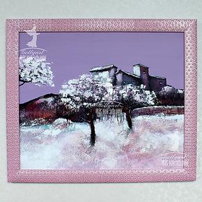 格丽油画挂画家庭装饰风景画带粉红色画框有框画 梦里乡村58x68cm