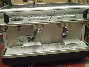 诺瓦Nuova simonelli APPIAI2双头专业商用半自动咖啡机,咖啡机