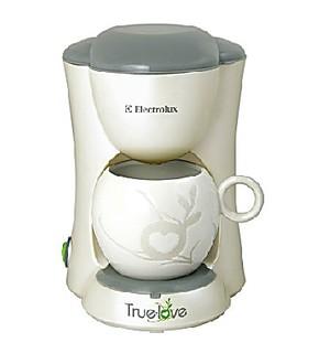 Electrolux/伊莱克斯 EGCM050 家用迷你小型自动咖啡机 全国联保