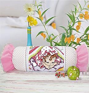 正品特价新款新贝儿十字绣套件卡通粉色系抱枕糖果枕系列枕头靠垫