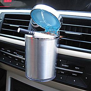 车载烟灰缸带led灯 新款出风口挂式带盖车用烟灰缸