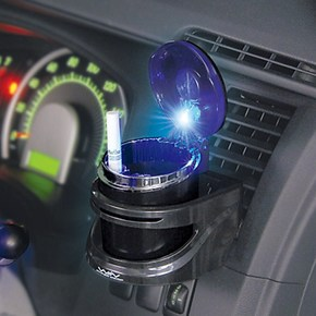 正版SEIWA 车用小型夜光烟灰缸 车载烟灰缸 车用烟灰缸 W478