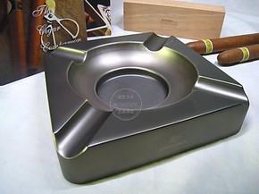 雪 茄烟灰缸专用高希霸烟灰缸4支装 纯金属烟灰缸酒店用品 必备
