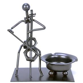小鹿24k纯金属家居酒吧装饰品摆件 时尚创意音乐铁人烟灰缸大提琴