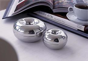 丹麦银苹果 防风不锈钢 汽车时尚烟灰缸  生日礼物 特价