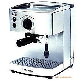 Electrolux/伊莱克斯 EES200 意式咖啡机 打奶泡 带机打发票